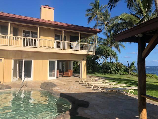 Slide Away Glass Doors for Indoor/Outdoor Living