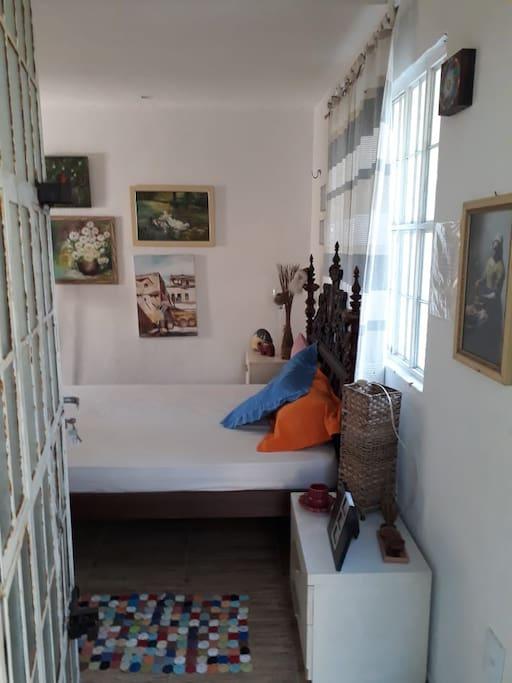 Dentro do quarto