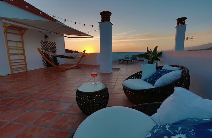 Ático con Impresionantes Vistas al Sur de Tenerife