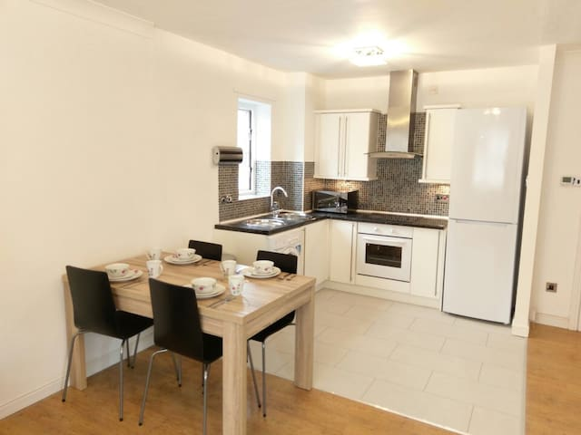 3 bedroom City Centre Apartment - Newcastle upon Tyne - Huoneisto