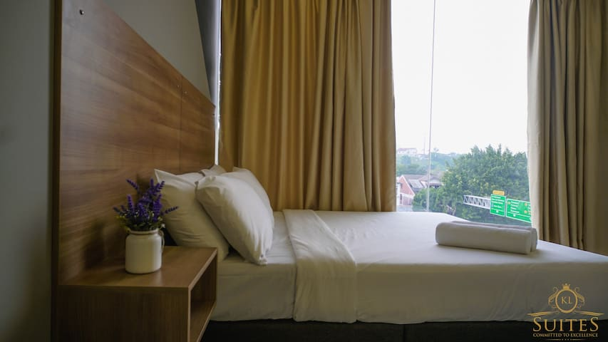 Kiara Inn by KL Suites #Deluxe 1