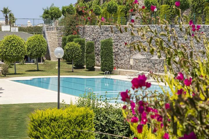 2 BR House with Sea View & Shared Pool in Bodrum