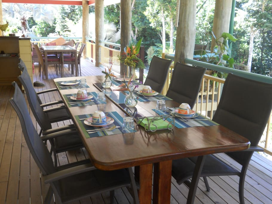 The breakfast verandah
