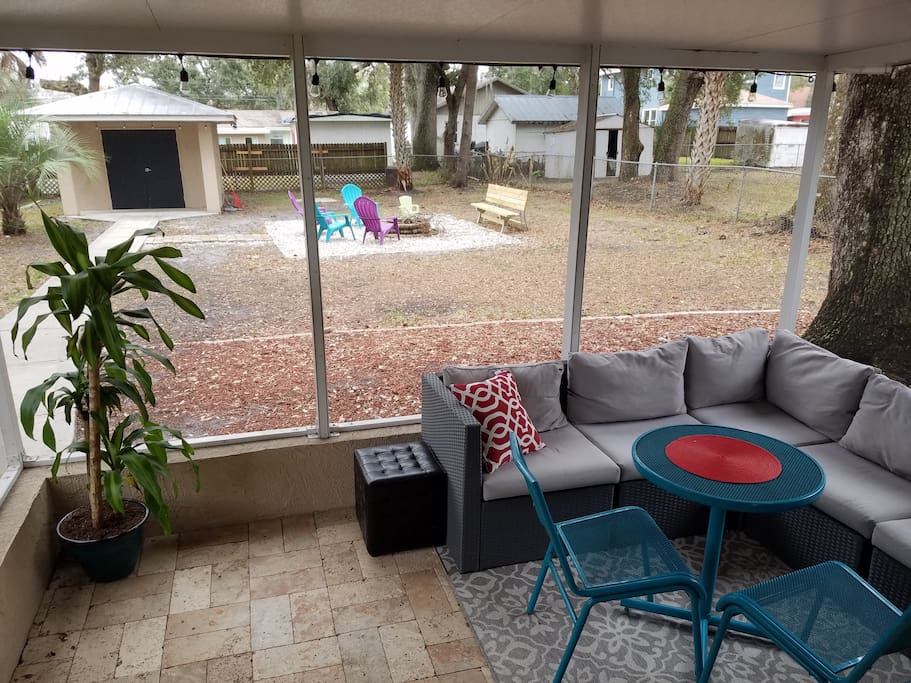 Our shared Lanai / Screened in Porch