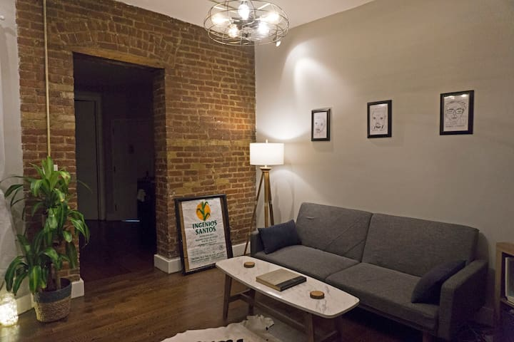 Amazing Private & Cozy Williamsburg Room *rooftop*