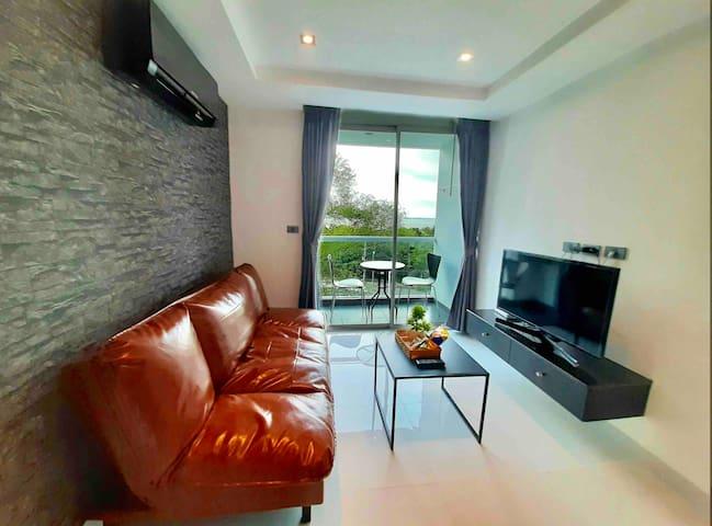 Stylish,RooftopPool,Seaview room,Terminal21Pattaya