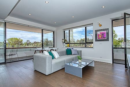 Stunning 1 bedroom- By Curated Designer Apartments