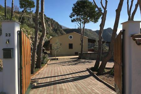 Villetta panoramica - Borgetto