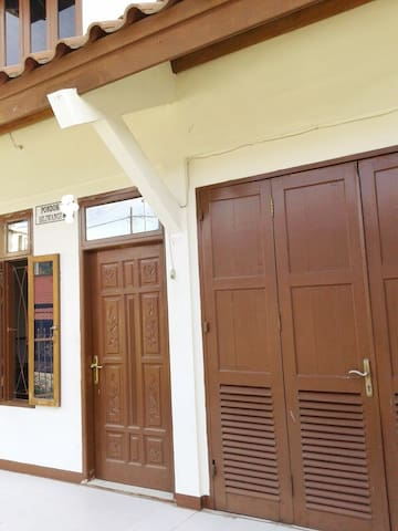 Lovely cottage by The Lake Toba Rm5 - Balige - Casa