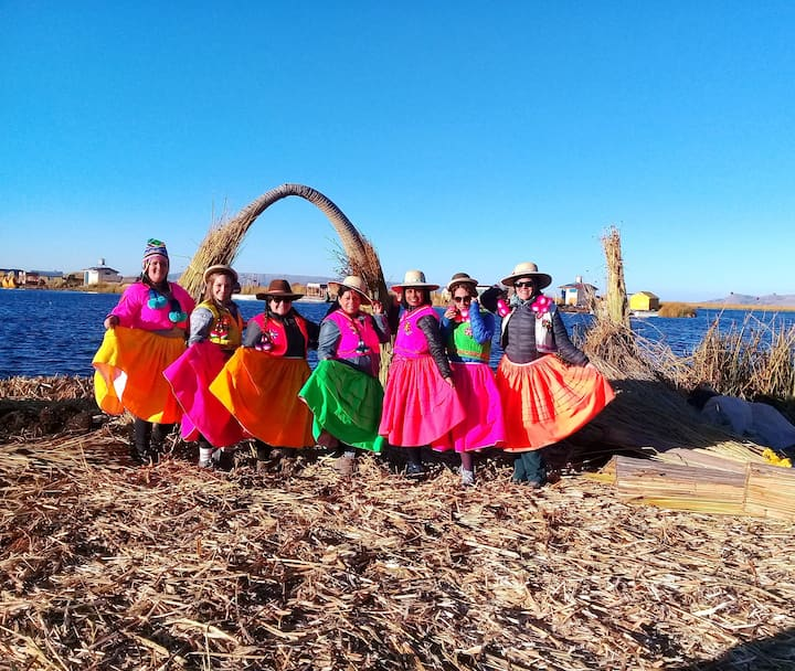 Alojamiento Flotante del  Titicaca