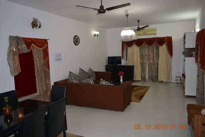3 Bedroom apt near Yashoda Hostpital Somajiguda