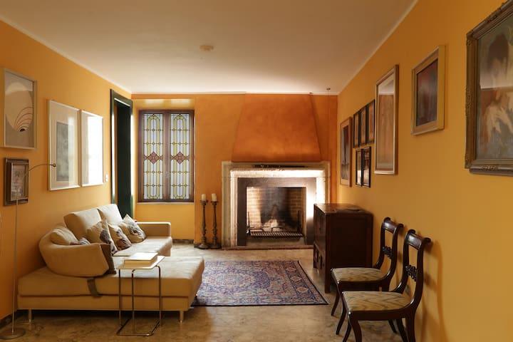 Affascinante casa con terrazza panoramica - Narni - House