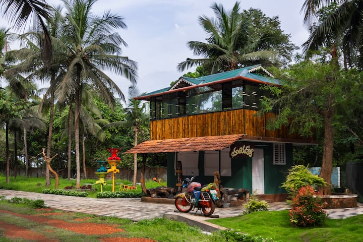 Budget Friendly Stay near Payyambalam Beach