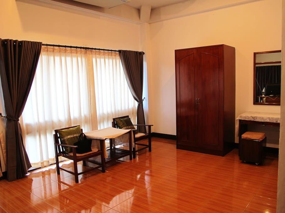 Large room area