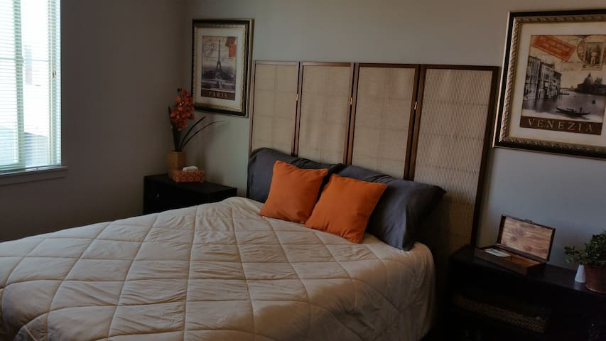 Private Room in Wine Country - Temecula - Wohnung