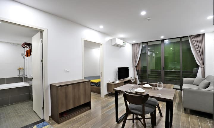 Paradise Westlake 6 - Modern Apartment w/Balcony