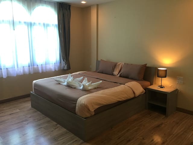 Stuido opposite Patong Beach - Great location
