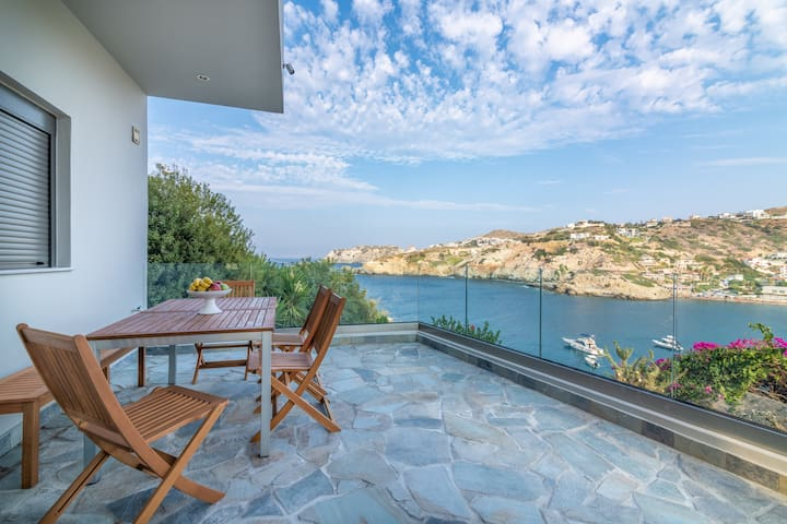 """Bougainvillea"" Seaview Luxury Villa at Lygaria"