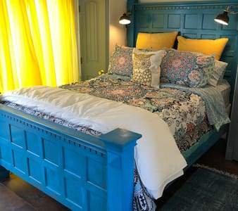 Turquoise Hideaway Guest House