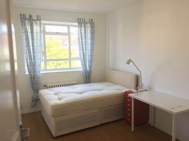 6)Flexible check-in and baggage drop! Bright room! - London - Apartment