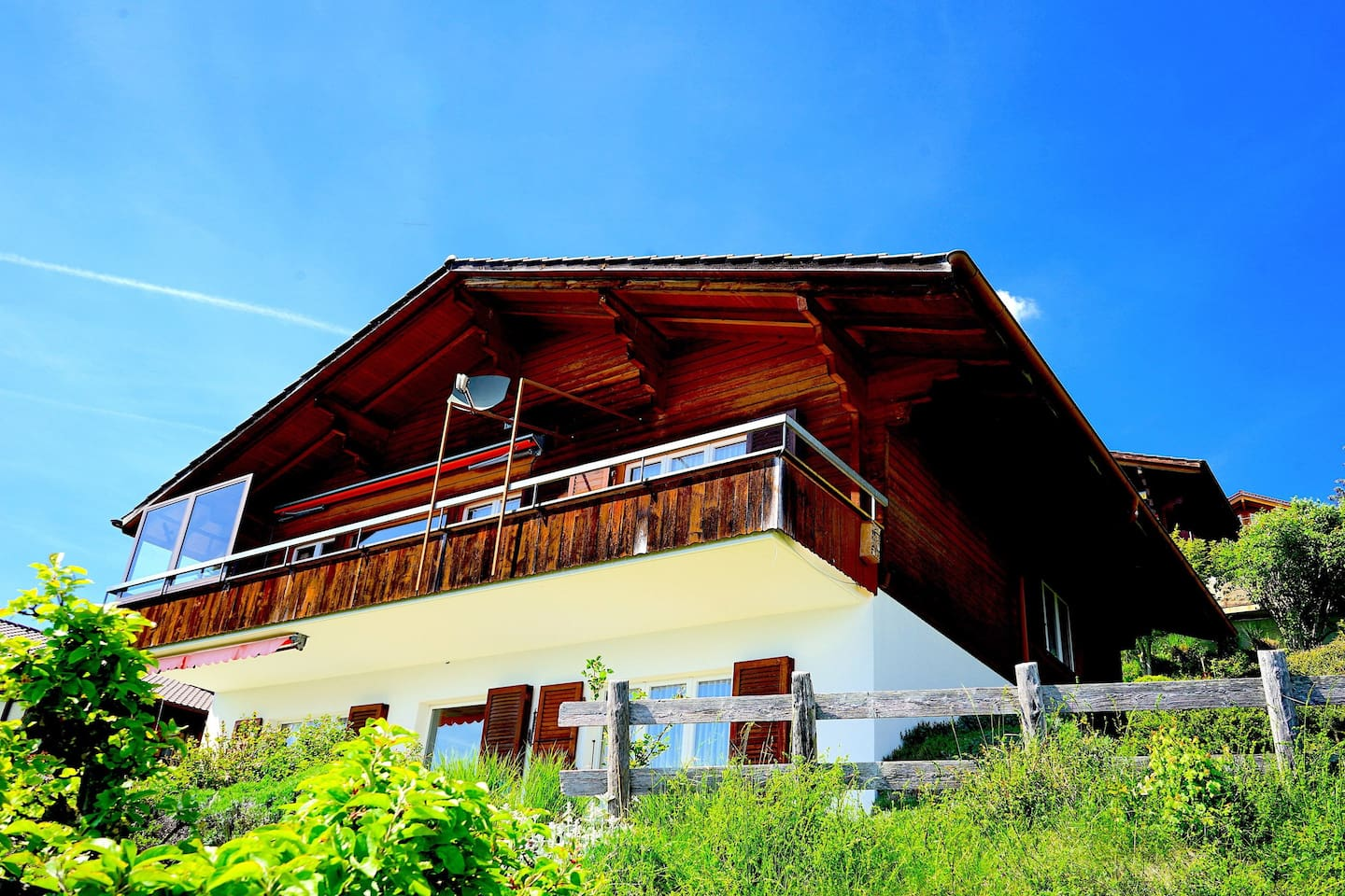 """""""Amazing place to stay near Interlaken, Nardi was quite helpful in making sure everything is available beforehand. The best part of this stay is the view from the Balcony which will make your stay amazing."""" Rahul from UK"""