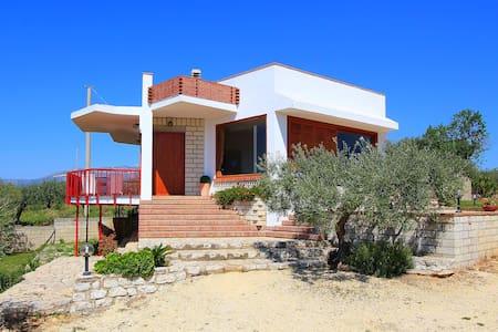 Splendida villa con grande giardino - Ribera - Huvila
