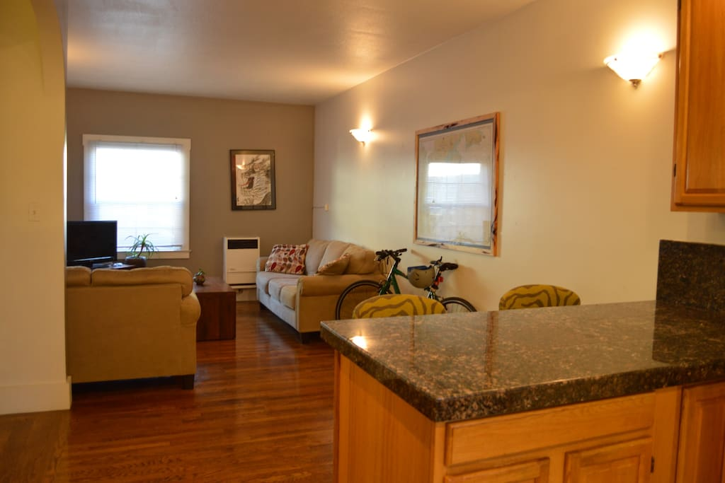 Large One Bedroom On Lake Merritt Apartments For Rent In Oakland California United States