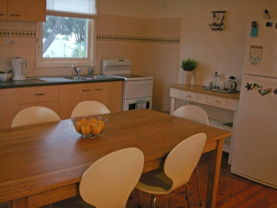 Fully self-contained kitchen