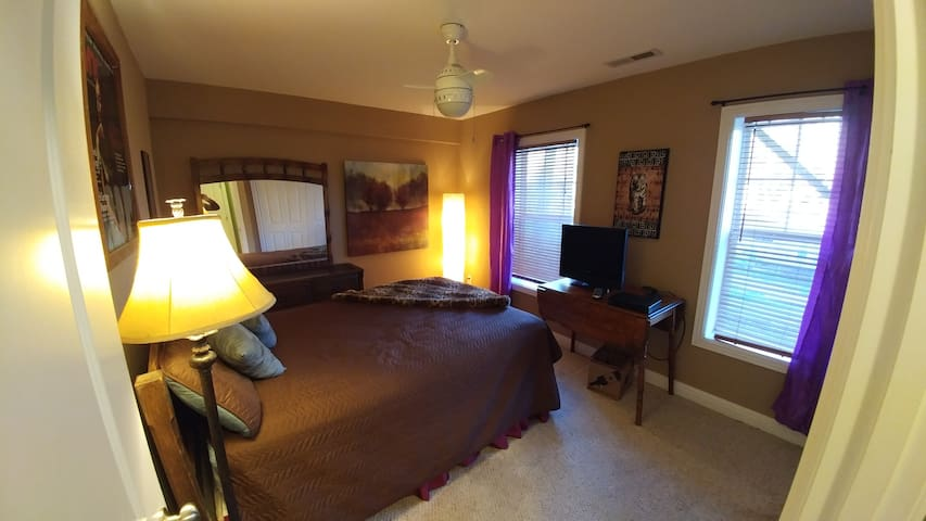 Near Downtown, River Arts, West AVL - Woodfin - Casa