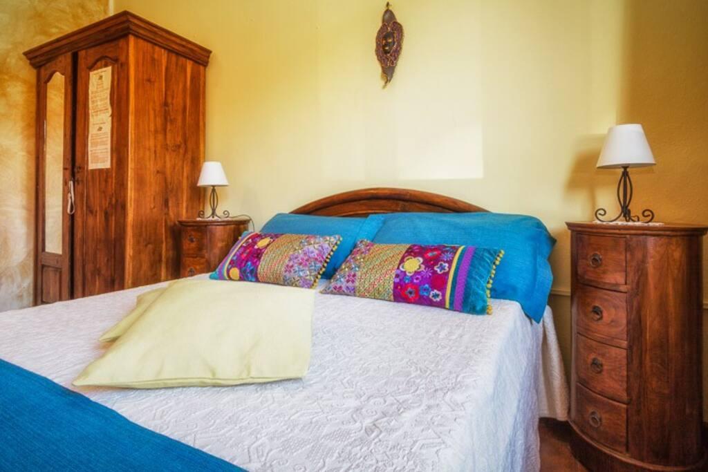 B b su connotu camera matrimoniale e letto singolo - Dove comprare un letto matrimoniale ...