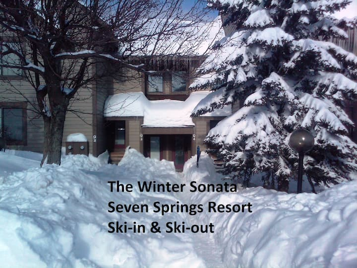 7 Springs Resort-Prime Ski-In & Ski-Out  Location