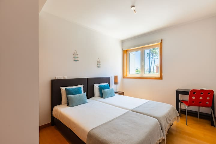 Bedroom with Two Single Beds and Central Heating