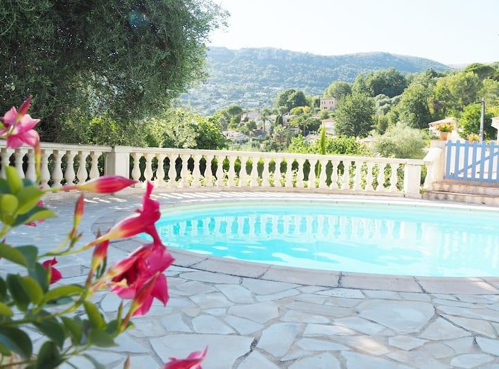 Très bel Appartement-Piscine-Jardin-Clim-Chauffage