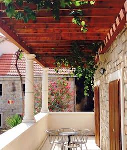 Villa Vincencia app 5, island Mljet - Kozarica - Apartment