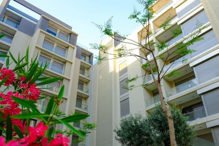 1BD NEW Apartment - Waterfront City, Dbayeh