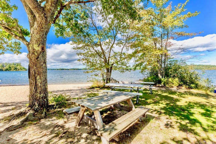 Amazing Sunsets Sebago Lake **New listing Airbnb**