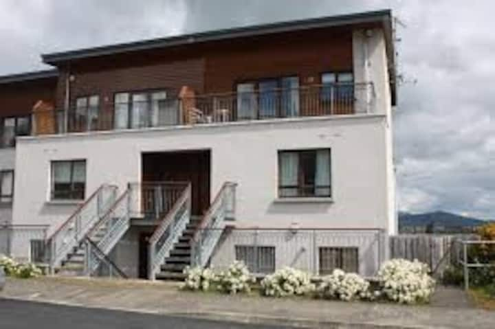 Luxury Apartment with stunning views - sleeps 6