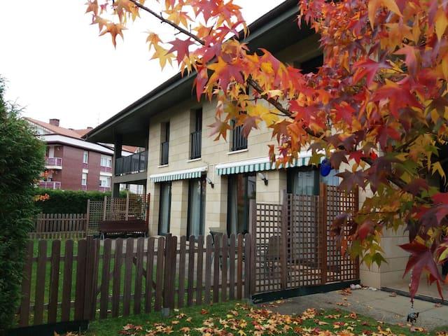Casa/apto ideal  cualquier época - Berango - House