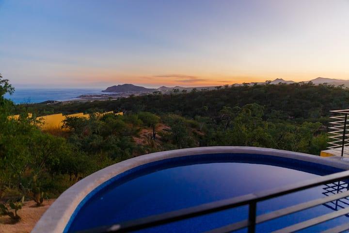 Ocean View Suite on El Tule Hill