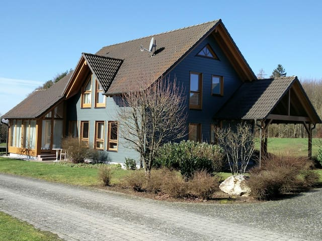 Beautiful Eco-house, near Zell. (Cochem nearby)