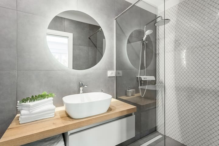 Vonia arba dušas su tualetu