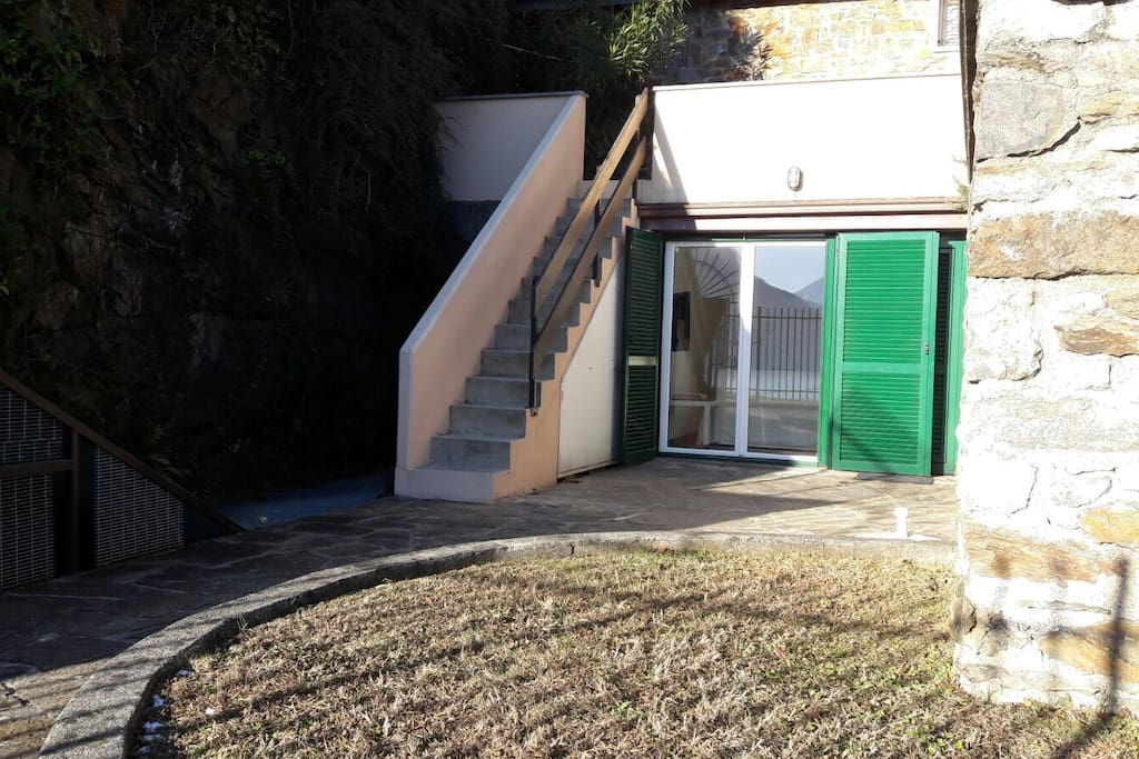 Entrance and external stairs to the private terrace