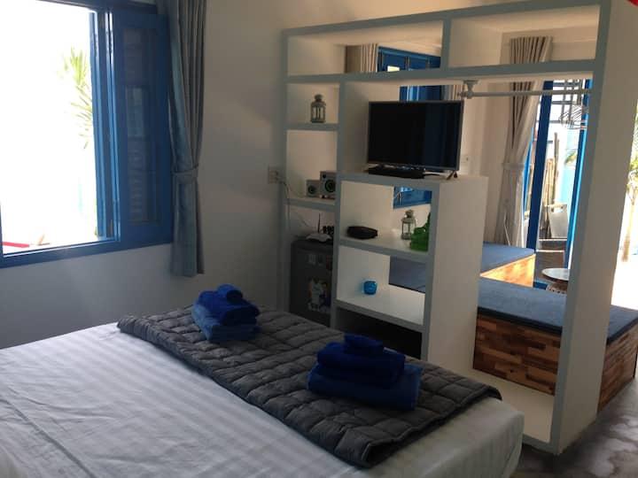 Life's a Beach Apartments - Garden view room 2