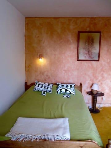 Chambre dans une maison à la campagne - Quinçay - Gæstehus