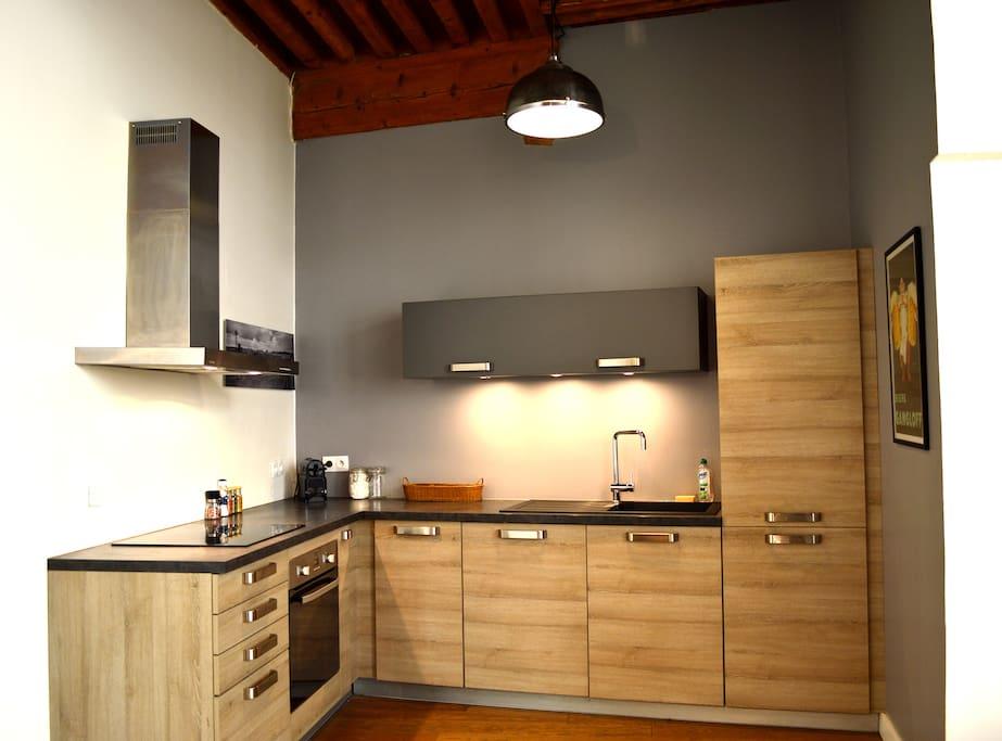 vieux lyon au calme avec charme appartamenti in affitto a lione alvernia rodano alpi francia. Black Bedroom Furniture Sets. Home Design Ideas