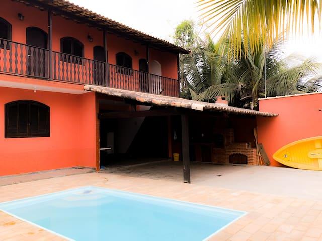Casa c/ Piscina e Churrasqueira | Pool & BBQ House