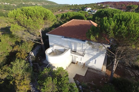 Beautiful 1st floor villa for 6 persons with pool - Zagora - Vila