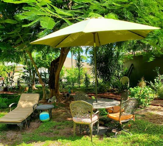Rita's tropical escape