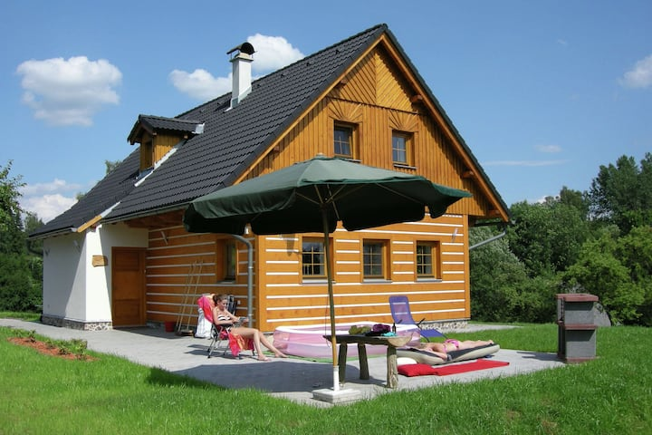 Beautiful villa in lovely nature reserve of the Krkonoše mountains at Roztoky u Jilemnice
