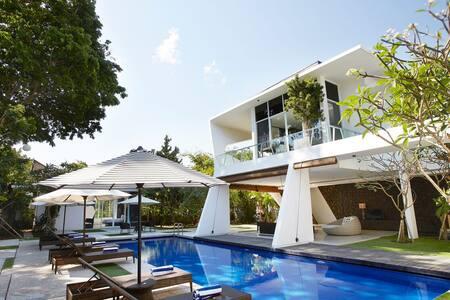 Nice Cozy Suite Room in Villa Z Rezidence A/C - #3 - North Kuta - Villa